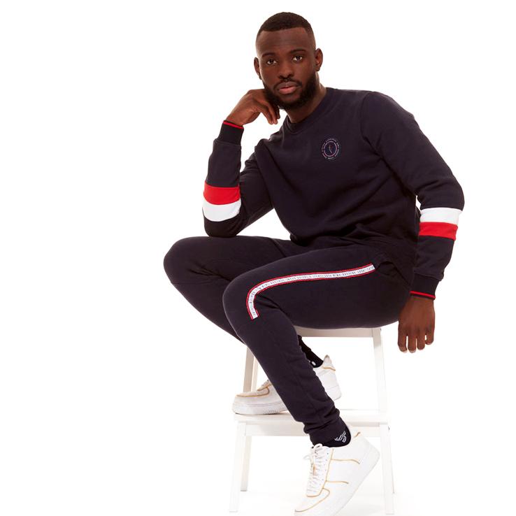 styliste de vêtements sportifs pour homme et femme. Design de joggings mode, de sweats et t-shirts.